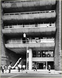 竣工当時の紀伊國屋ビル